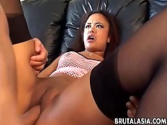Asian babe Annie Cruz takes it in her ass and cunt