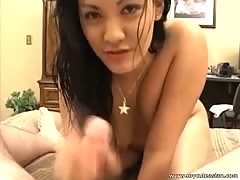 Charming chinese amateur is giving a hot oral sex