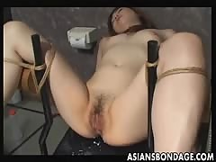 Japanese slave gets twat filled by spunk