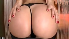 Sexy cutie Sandy Shows Off Her Nice vagina And Rubs Her Clit