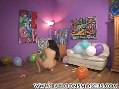 Tan teen pops balloons fully nude