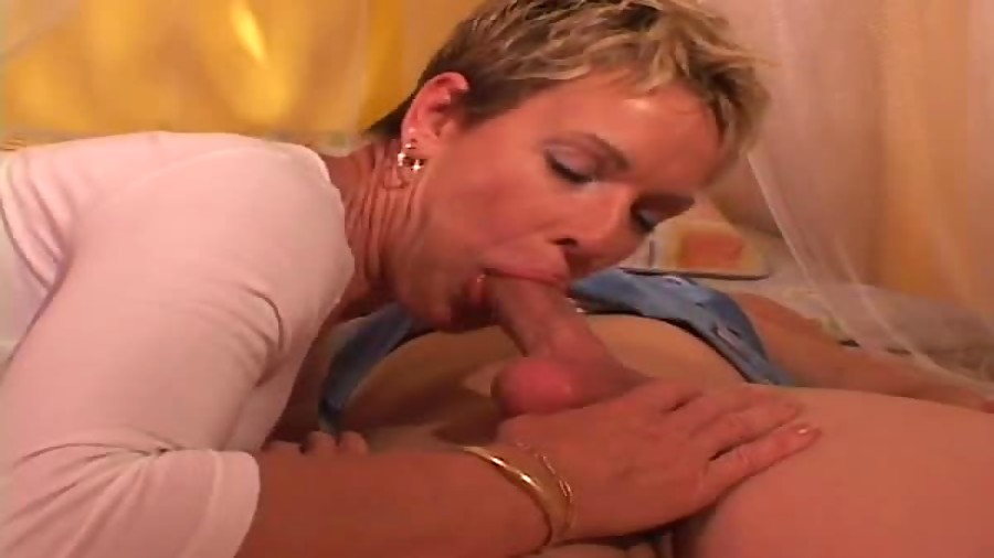 blowjob and muff licking
